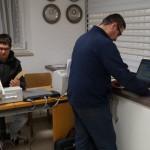 (v.l.): bei der Auswertung Matthias und Gau-Sportleiter O.Rath