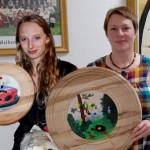 (v.l.): die Gewinnerinnen der Gaudischeiben Lisa und Ruth