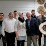 Gruppenbild mit den Preisträgern der Saison 2014-2015. In der Mitte die neue Schützenkönigin der Altschützen, Theresa Aigner.