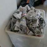 Abfall von im Schützenheim verzehrten Steckerlfischen.