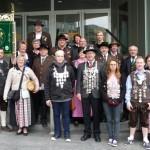 Auch die Altschützen, mit Robert, Theresa (Gaukönig Damenklasse) und Georg (Gaukönig Schützenklasse), vertraten den Schützengau Vilsbiburg, beim Schützen- und Trachtenumzug in Passau anlässlich der Maidult.