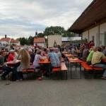 Trotz wechselhaft, bewölktem Wetter ist das Sommerfest in vollem Gange und der Biergarten wurde gut besucht.