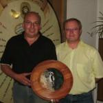 Anfangsschießen - Gewinner der Anfangsscheibe Erwachsene - Robert Pitz mit 1.SM Oswald Seidl jun.