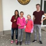 Die glücklichen Sieger aus Team 2 (v.l.): Stefanie, Laura, Marie, Florian.