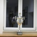 Der neue Wanderpokal wurde von Jugendleiter Andreas gestiftet.