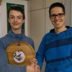 Martin wurde der diesjährige Gewinner der Jugend-Strohscheibe.