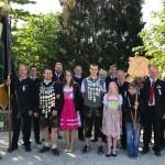 150-Jahre FFW Velden/Vils: Die Fahnenabordnung der Altschützen Velden zum Gründungsfest.