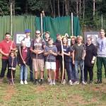 Jugendtreff 2|2018: Die Jugendleiter der Altschützen Velden mit der Schützenjugend zum Bogenschießen am Loaner Weiher.